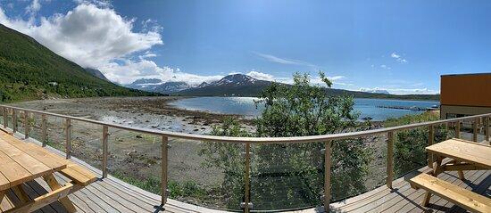 Nord-Lenangen, Noruega: porch with a view!