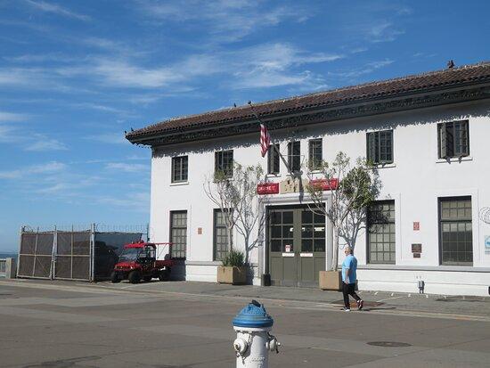 Fireboat House (Pier 22 1/2)