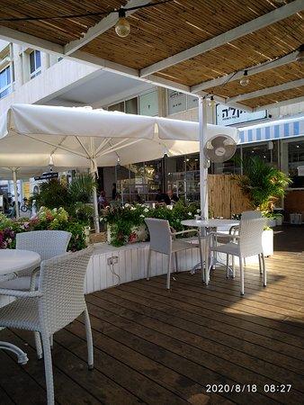 Cafe par excellence!