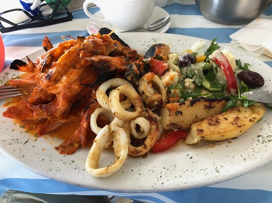 This was my main meal of prawns and calamari.