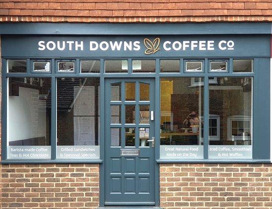 Fernhurst, UK: Shopfront