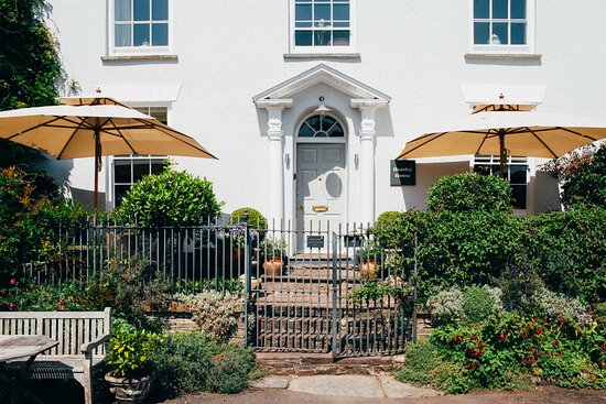 Heasley House Hotel & Restaurant