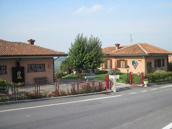 Barbaresco, Olaszország: Ca' Rome' Casa Romano