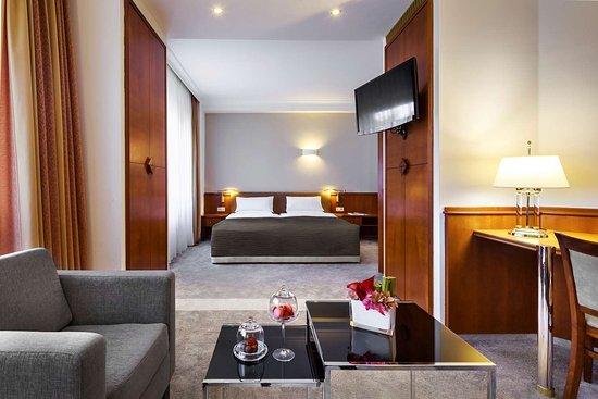 Hotel Bristol Berlin Berlin. Sista minuten erbjudanden på