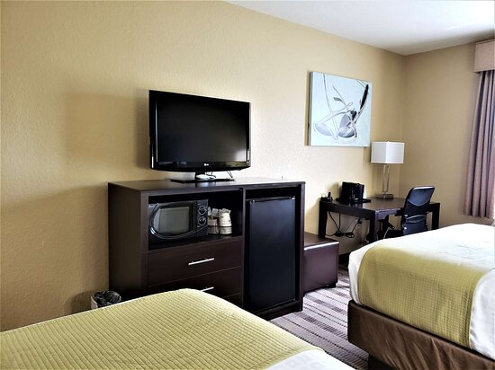 Edgewater, FL: Two Queen Room