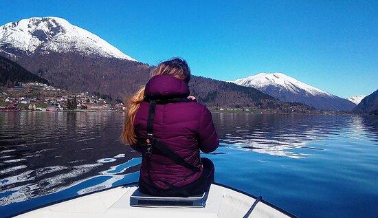 Balestrand, Norge: Følelsen av å sveve over vannet og FRIHET