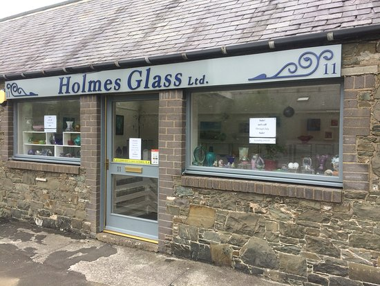 Selkirk, UK: Welcome to Holmes Glass!