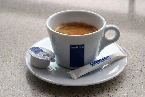 Roman, Ρουμανία: Lavazza coffee 1