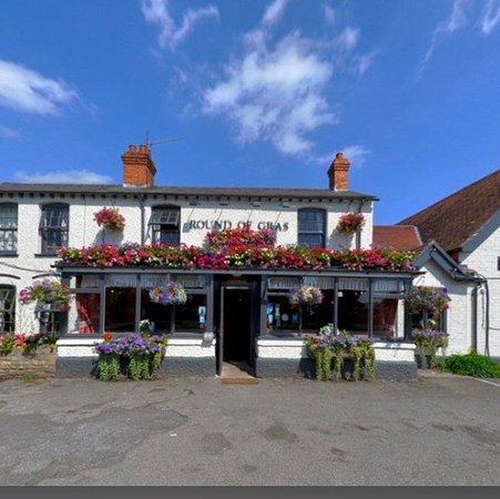 Round of Gras Pub/Restaurant review