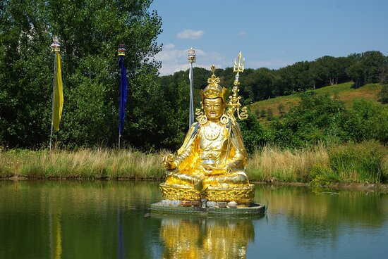 Roqueredonde, France: Bouddha