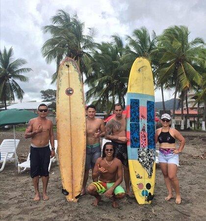 PURA VIDA SURF School