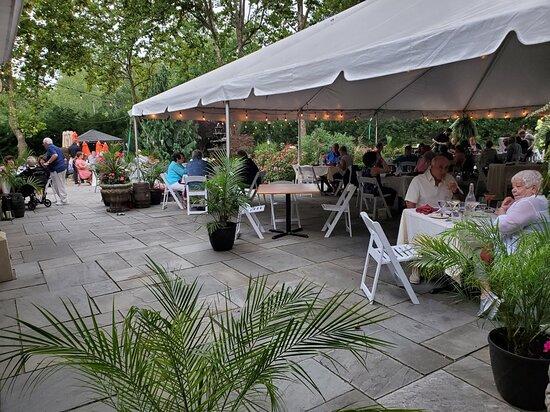 Hamilton Square, NJ: Beautiful Outdoor Dining on rhe Stone Terrace