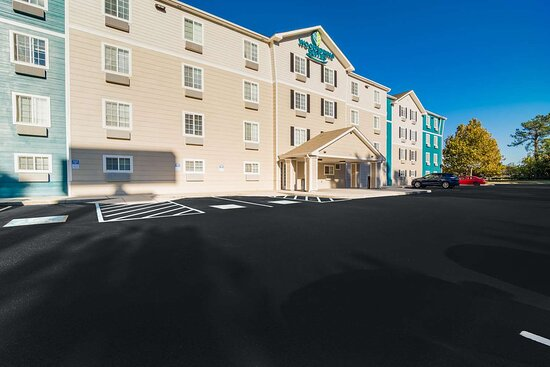 WoodSpring Suites - North Charleston Airport I-526