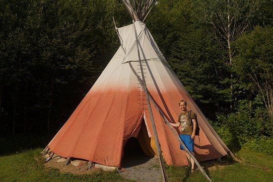 Val-des-Lacs, Canada: A real tepee!