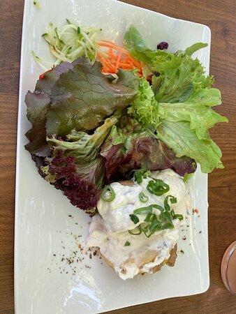 Buchloe, Đức: Ofenkartoffel mit Quark