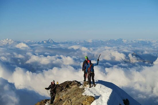 Explore-Share Aosta Valley Guided Mountain Tours