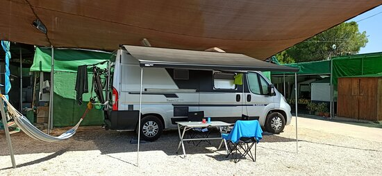 Tripadvisor - Baño bungalow 6-7 pax - תמונה של Camping Pueblo de San Javier, San Javier