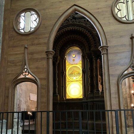 Horloge Astronomique de la Cathédrale Saint-Pierre