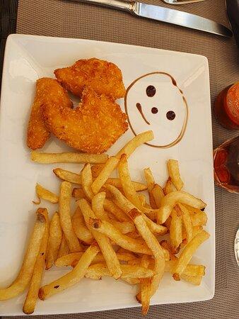 Nuggets Poulet Fait Maison Picture Of Restaurant Le Chardonnay Argilliers Tripadvisor