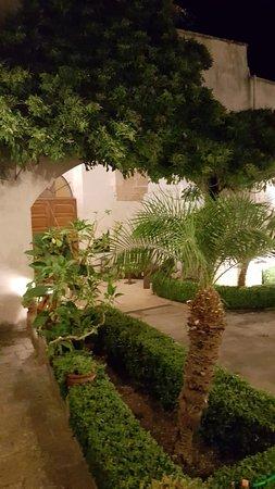 """Martignano, Itália: L'ingresso stile """"patio messicano"""""""