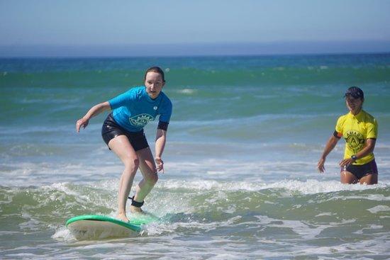 AMAR Surfing Academia
