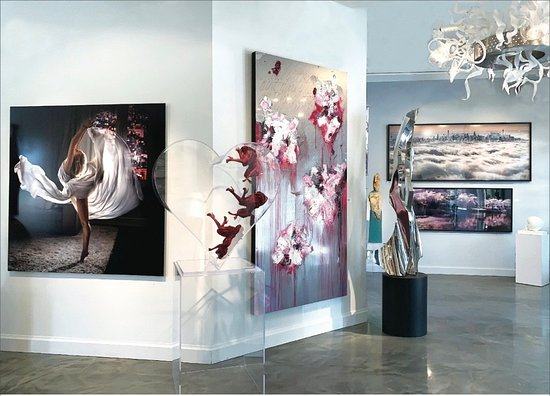 Palm Beach Gardens, FL: Gallery features paintings, photography, sculpture and fine art glass.