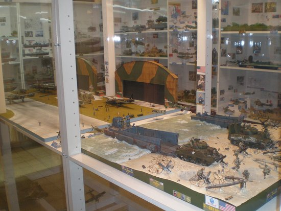 GREIF - Miniature Model Museum