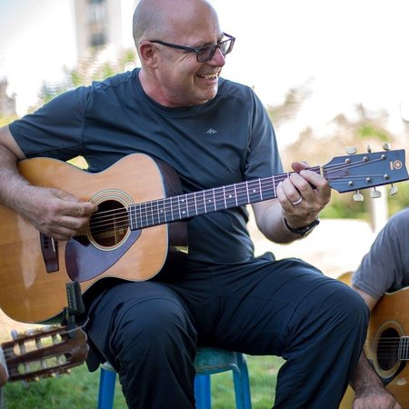 Jerusalem District, Izrael: I am also a musician ,Play Guiter and sing with the Beat Coin Band