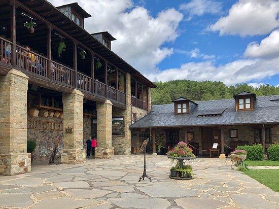 imagen Palacio de Canedo Restaurant en Arganza