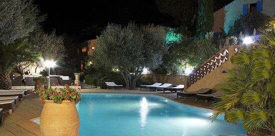 Hotel Athenopolis, hôtels à Grimaud