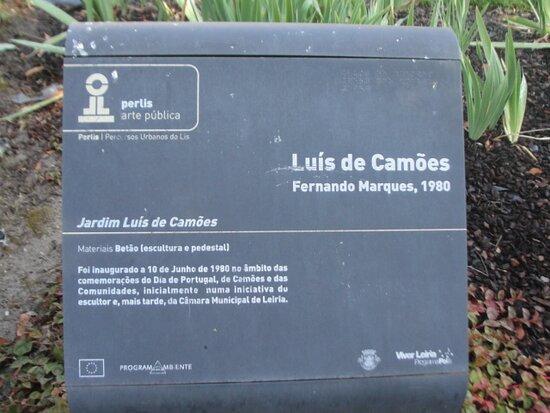 Estatua de Luis de Camoes