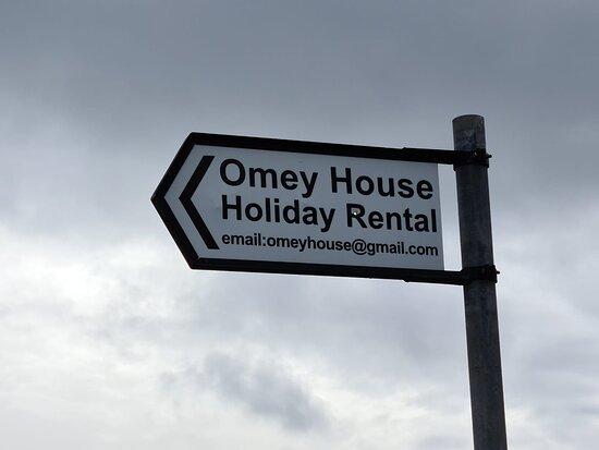 Claddaghduff, Irland: Holiday Rental Sign