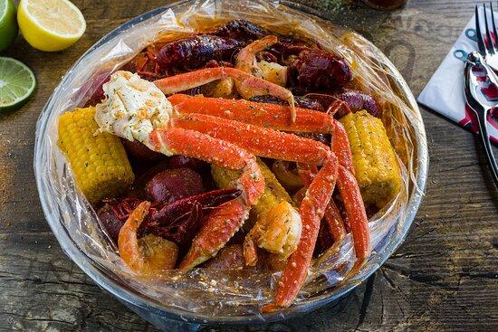 Lumberton, NJ: 🦀 Cajun seafood boil & bar