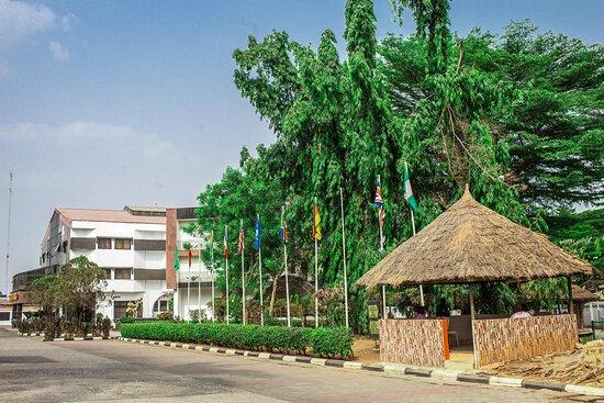 Umuahia, Nigeria: The Exterior surrounding so calm and Beautiful