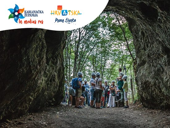 Karlovac County, Κροατία: Only 20 km away from Pltivice National park, you can find mysterious Barać caves which were used as shelter during prehistory and middle ages.