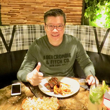 Good to see you again, Mr. Yim! Thanks for being such an awesome #HurricanesGrill fan and regular user of of our free loyalty app! We love your #EarnWhileYouEat approach to great food!   Get HurricanesAE for iOS or Android  T&Cs apply
