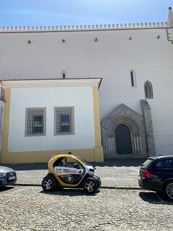 Fotografie Evora Megalithic: Self-Drive Private Tour in E-Cars