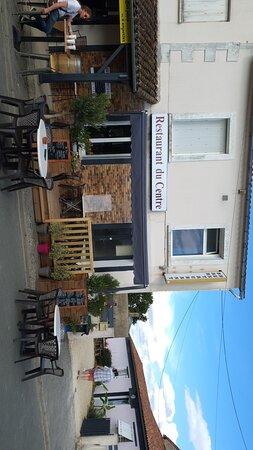Chalandray, France: Restaurant du Centre