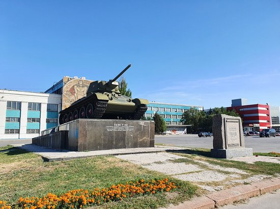 Monument to the T-34 Tank