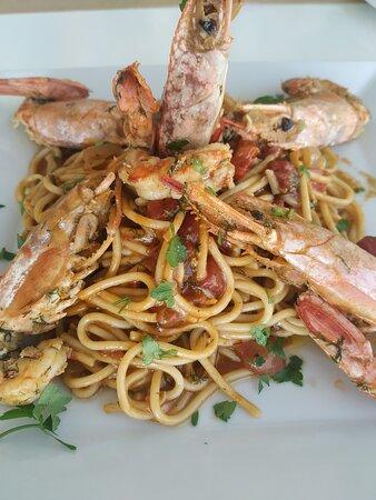 Kionia, Yunani: Γαριδομακαρονάδα - Shrimp Spaghetti 🦐