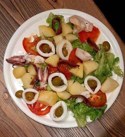 Insalata calamari, patate e tonno