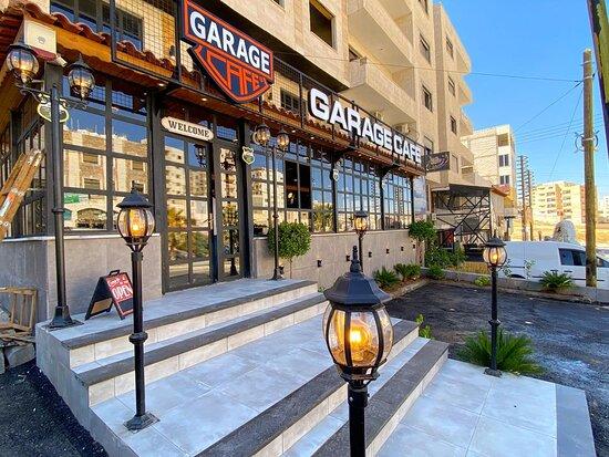 Al Zarqa, Jordan: Garage Cafe