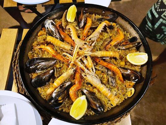Es Llombards, Spain: Paella Marisco