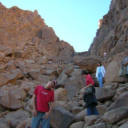 Scala del pentimento . 1300 scalini per scendere dal monte Sinai