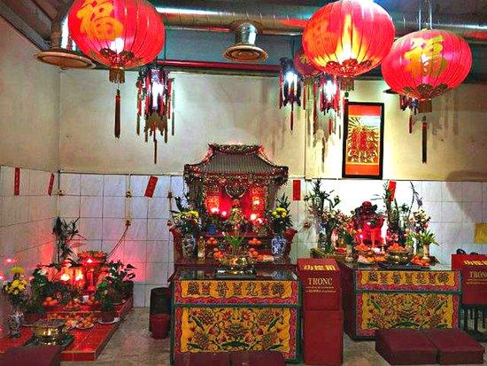L'autel Du Culte De Bouddha