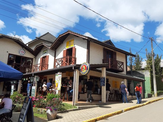 Emporio Da Montanha Beer Shop
