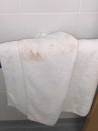 Dirty room and arrogant employee!