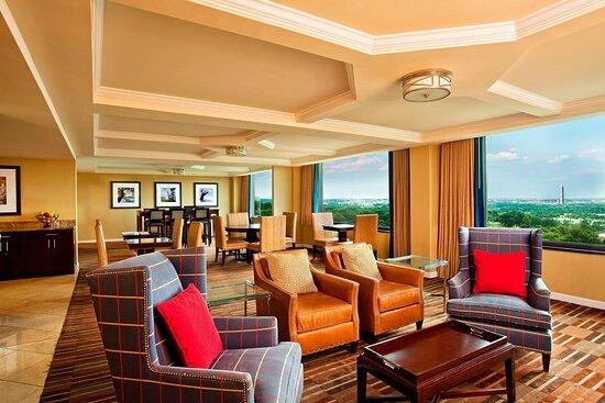 Dungeon Please Stay Away From This Hotel Review Of Sheraton Pentagon City Hotel Arlington Va Tripadvisor