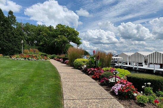 Sentier de la rive du lac de Genève: découvrez 21 miles d'histoires...