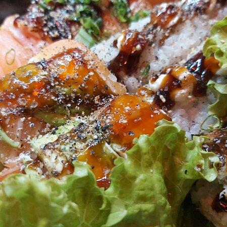 Não sabe oque pedir hoje?!?!🤨 Koi sushi Lounge da a dica!!!👇 A melhor pedida para qualquer dia! Ligue e peça no nosso delivery. ⠀⠀⠀Quer padrão de qualidade?!?! Vem pro koi sushi Lounge 🍤🥦🍄🍀🇯🇵🇧🇷🍣🍣🥑Todo dia é dia de japa aqui no koi sushi Lounge  Corre pra cá!⠀⠀⠀⠀⠀ .⠀⠀⠀🍤🍣🍄🍜🥦🍱❤❤🇯🇵🇧🇷  https://kardapio.app/koisushi  https://www.uairango.com/mg/koi-sus  https://posts.gle/maab5   WATSSAP: 35 99128 9928 WATSSAP :35 99177 4080 ⠀⠀